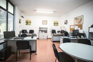 Oficina de alquiler en CEPAR para más de 3 puestos